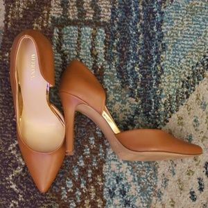 Merona Shoes - Merona (Target) Cognac Pointed Toe Heels 8